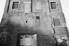 36 Barnsley Main Colliery wall (I ♥ Minox) Tags: film 2018 olympus om1 om1n olympusom1n olympusom1 om172 mining coalmining coal mine coalmine colliery barnsley barnsleymain barnsleymaincolliery southyorkshire yorkshire xp2 ilfordxp2 ilford