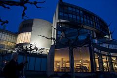 Parlement van Noordrijn-Westfalen in Dusseldorf (jo.misere) Tags: night avond dusseldorf germany duitsland