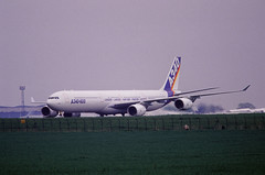 Berlin SXF ILA 2002 Airbus A 340-600 (rieblinga) Tags: berlin sxf ila 2002 airbus a340600 vorstellung analog canon eos 1v kodak ebk 100 e6 diafilm
