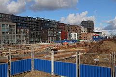(rob.brink) Tags: amsterdam nederland holland netherlands mokum harbour harbor haven houthavens spaarndammerbuurt het schip michel de klerk architecture urbanism urban city water life orange blue