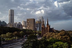 Sunset Shine (Photos By Dlee) Tags: sonyalphaa7iii sonya7iii sonya73 sony sonyalpha mirrorless fullframe fullframemirrorless tamron2875mmf28diiiirxd tamron zoom tamron2875mmf28 photo photosbydlee photography australia sydney newsouthwales nsw summer landscape urbanlandscape cityscape sunset buildings architecture