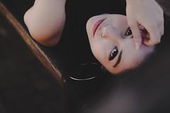 (Sabrina Art Gallery) Tags: foto fotografia fotos publicidade meninas moda hair style hairstyle cabelo penteados photo photography eyes nose lips mouth body skin model girl menina girls woman criatividade beauty monochromephotography monochrome snapshot eyebrow photoshoot lady rich chic pretty love