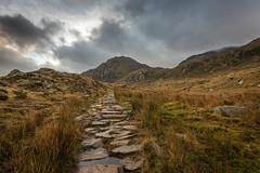 Tryfan (Rob Pitt) Tags: ogwen valley tryfan path clouds cymru north wales sony a7rii canon 1740l winter