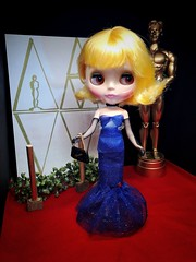 "OSCARS 2019! ""No Looking Back"" nominee, Constance Bee, pays homage to Barbie's Solo in the Spotlight for her red carpet look. Necklace: Stella S. Purse: Rouge Noir. Gown: Painterslife (Painters Life) Tags: redcarpet oscars2019 barbiessolointhespotlight takara blythe playfulraindrops"