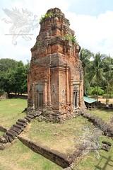 Angkor_Bakong_2014_15