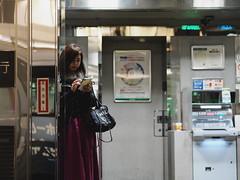 Woman! (takana1964) Tags: streetphotography snap streetsnap street snapshot streetshot citysnap citystreet city cityphotography woman kyotocity japan olympus