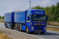BN21563 (18.07.18, Motorvej 501, Viby J)DSC_5236_Balancer (Lav Ulv) Tags: 255553 volvo volvofm fm500 2017 blue e6 euro6 8x2 hanschristensensøn rigid trailer truck truckphoto truckspotter traffic trafik verkehr cabover street road strasse vej commercialvehicles erhvervskøretøjer danmark denmark dänemark danishhauliers danskefirmaer danskevognmænd vehicle køretøj aarhus lkw lastbil lastvogn camion vehicule coe danemark danimarca lorry autocarra danoise vrachtwagen motorway autobahn motorvej vibyj highway hiway autostrada