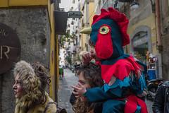 Naples - Quartieri Spagnoli (Umberto Lucarelli) Tags: carnival naples streetphotography red finger