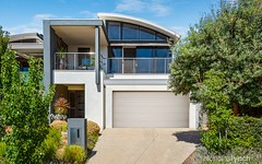 8 Mills Beach Close, Mornington VIC