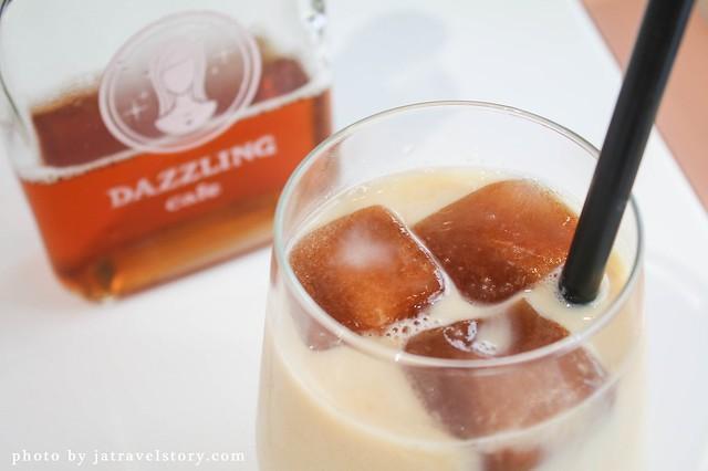Dazzling Cafe IG打卡推薦!夢幻環境超好拍,鹹甜食都讓人驚喜。【捷運忠孝敦化】東區美食/東區聚餐餐廳 @J&A的旅行