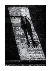 Les ombres de la Porte Saint Thomas ! (bertranddorel) Tags: