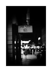 *元町 22:00 (niko**) Tags: leica leicam2 noctilux50mmf10 e60 kodak tmax400 135 35mm filmphotography yokohama