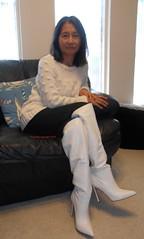 Happy 2019 (Foxywalk) Tags: asian chinese boots white heel black leather lady portrait 過膝長靴 人像 長靴 靴 高跟靴 thighthigh knee overtheknee thighhigh 过膝长靴 白靴