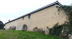 Saint Martin-de-Hinx, Landes: maison avec meurtrière! (Marie-Hélène Cingal) Tags: france sudouest aquitaine nouvelleaquitaine 40 landes macs saintmartindehinx