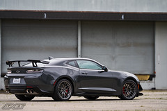 "Aldair's 2018 Camaro ZL1 1LE with 19"" ARC-8 Wheels (ApexRaceParts) Tags: camaro6 6thgen camaro chevy chevrolet arc8 19 19inch 19x11 anthracite lifesgood shop garage"