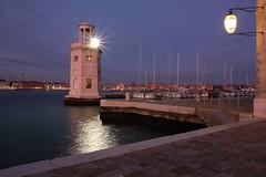 Bild 21.03.19 um 16.12 (jennichristine801) Tags: venezia isolasangiorgio italia mare meer bluehour nightfotographie