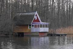 Wassergrundstück (Lipsk) Tags: see haus wassergrundstück wald winter krakow landschaft architektur landscape architecture water lake trees bäume