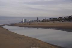 DSC01771 (ZANDVOORTfoto.nl) Tags: beachlife strand aanzee december zandvoort nederland netherlands beachphoto strandfoto