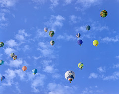 . (428sr) Tags: pentax67 6×7 120 balloon pro400h fujifilm