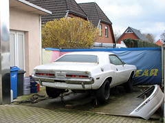 Challenger (Schwanzus_Longus) Tags: delmenhorst german germany us usa america american old classic vintage car vehicle coupe coupé muscle musclecar dodge challenger