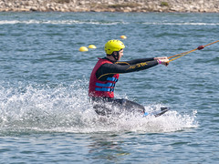 CFR1785 (Carlos F1) Tags: nikon d300 castelldefels ocp olimpiccablepark olimpic sport deporte water agua wakeboard wakeboarding wakesport wakeskate boardsport jump salto table surf surfing watersport fun outdoor barcelona spain acuático