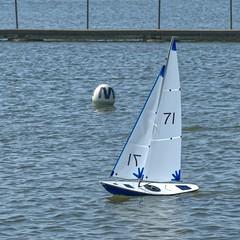 KP1480847a (Mike Millard) Tags: pooleradioyachtclub 8m poolepark