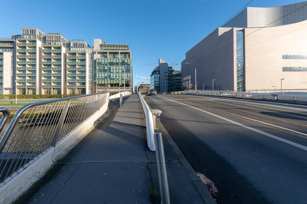 LOWER MAYOR STREET [DUBLIN DOCKLANDS- SPENCER DOCK AREA]-148675