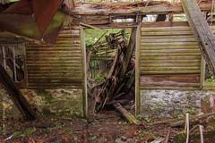 Barn Ruins - Lloyd Farm 2014 (pacc2008) Tags: abandoned lloydfarm ruins rust derelict decay disrepair derelictbuilding downingtown chestercounty pa pennsylvania pennlandgrantproperty collapse sonyalpha a77 hdrfromraw ishootraw urbex urbanexploration ue ruraldecay barn farm abandonedfarm doorway