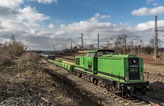 35_2019_02_22_Gelsenkirchen_Bismarck_1202_240_BUG_V_100-BUG-04_mit_Flachwagen ➡️ Herne_Abzw_Crange (ruhrpott.sprinter) Tags: ruhrpott sprinter deutschland germany allmangne nrw ruhrgebiet gelsenkirchen lokomotive locomotives eisenbahn railroad rail zug train reisezug passenger güter cargo freight fret bismarck akiem atlu bbl brll bug cbb ctd db de dispo hctor nrail rhc rpool sdehc 0275 0462 0632 0648 1024 1202 1214 1265 1266 3294 6145 6151 6152 6155 6185 6186 6241 rcedispolok rrx nationalexpress hectorrail mrcedispolok rb43 logo natur outdoor graffiti