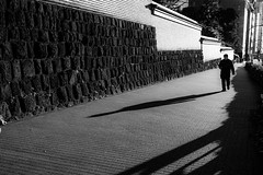 (ken's style 1) Tags: japan tokyo town urban city snap street momochrome blackwhite shadow