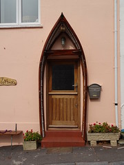 Teignmouth: house with boat door (guyfogwill) Tags: 2019 coastal devon doorwindows dschx60 england fogwill gbr guy guyfogwill marine nautical river riverteign southwest spring teignestuary teignbridge teignmouth teignmouthapproaches tq14 uk unitedkingdom tq148bt