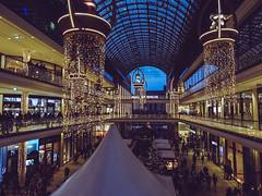 LP12 Mall of Berlin (D.ST.) Tags: lp12 mall berlin aufgenommen mit der sony dschx60v hauptstadt winter weihnachten cristmas lightroom photoshop shopping dsc hx 60 v people lights potsdamer platz city