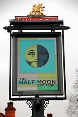 Pub sign for The Half Moon, Herne Hill. (Peter Anthony Gorman) Tags: pubsigns halfmoon fullers hernehill londonpubs