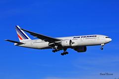 Boeing B777 ~ F-GSPP  Air France (Aero.passion DBC-1) Tags: spotting cdg 2013 dbc1 david aeropassion biscove aviation airport roissy aircraft avion plane airlines airliner boeing b777 ~ fgspp air france