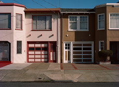 Sunset District // San Francisco (bior) Tags: red pentax645nii pentax645 pentax 645 mediumformat 120 sanfrancisco sunsetdistrict portra160nc expiredfilm kodakportra house rowhouse garage driveway street