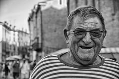 portrait with stripes (Claudia Merighi) Tags: blackandwhitephotos blackandwhiteonly noiretblanc portraitfromthestreet portrait portraiture ritrattodistrada bnbwbwbiancoenero man people stripes smile ferrara fotografiadistrada fotografiacallejera fotodistrada streetphotography street streetphoto streetportrait