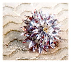 Shining Eulalia (Kurokami) Tags: lindsay ontario canada kimono japan japanese asia asian woman women girl girls lady ladies traditional kitsuke tsumami kanzashi folded flower flowers floral hair ornament ornaments pin shining eulalia blossom pampas grass silver red