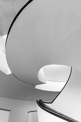 lines (Karl-Heinz Bitter) Tags: architektur deutschland europa nürnberg architecture europe germany museum karlheinzbitter abstract monochrom monochrome schwarzweiss weiss schwarz kurven bögen