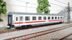 Roco 64910 IC/EC-Abteilwagen 1.Klasse der DB AG (Freestyler26M) Tags: roco 64910 64909 avmz 1081 abteilwagen intercity eurocity icec db ag bahn dbfernverkehr 1klasse spurh0 modelleisenbahn