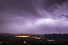 Sky cut (Cristiano Pelagracci) Tags: light lightning nature weather meteo thunder thunderstorm canon umbria