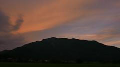 Burning Sky Hochplatte Raiten (Aah-Yeah) Tags: hochplatte sauerlahner raiten abendrot sonnenuntergang sunset achental chiemgau bayern