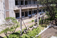 Tuol Sleng 04 (Lцdо\/іс) Tags: tuolsleng phnompenh jail khmer rouge red prison museum musée historic history genocide cambodge cambodia kambodscha asia asian asie revolution polpot lцdоіс visit explore