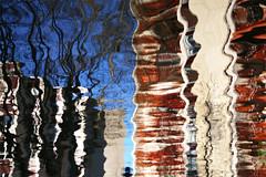 (jc.dazat) Tags: reflets reflection eau canal formes abstrait couleurs colours color photo photographe photographie photography canon jcdazat