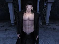 Oscar (missbebinou) Tags: vampire goth