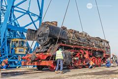 Touchdown (BackOnTrack Studios) Tags: dr 50 3670 36702 dampflok dampflokomotive steam locomotive loco unloading floating crane titan drb railways train lok bulgaria ruse port danube