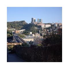 (roberto_saba) Tags: mediumformat 6x6 120 mamiya6 75mm f35 ブローニー fujicolor fujifilm fuji 400h renzopiano genova urban urbanlandscape
