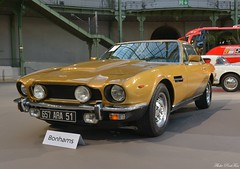 1979 Aston Martin V8 serie 4 (pontfire) Tags: 1979 aston martin v8 serie 4 79 gold or david brown voiture voitures cars auto autos automobile automobili automobiles coche coches carro carros wagen pontfire bil αυτοκίνητο 車 автомобиль classique ancienne vieille collection de classic old antique vieux bonhams luxe luxury exception tadek marek les grandes marques du monde au grand palais 2018 british anglaise england car oldtimer automotive anglais english britain gb véhicule vintage am prestige sport sports dexception 自動車 سيارة מכונית