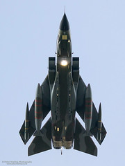 Tornado GR.4T ZG752, RAF Marham (Peter Starling) Tags: finale gr4 marham peterstarling tornado base farewell tonka dornan beardmore norfolk swept plan overhead strobe 67 camo camouflage retro special paint scheme 9 31 sqn squadron tgrf gr enthusiasts event day