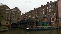 Canal House Bar (East End Girl 1968) Tags: nottingham canalhousebar canal barge warehouses