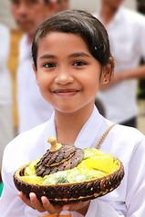 Indonésienne à Bali. (jmboyer) Tags: ba7284 ©jmboyer bali indonesie indonésie asie asia travel canon géo portrait